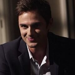 Andrew J. West como Harry Poole/Edward Grey em Bipolar