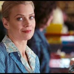 Laurie Holden como Amanda Dumfries em <i>The Mist</i>