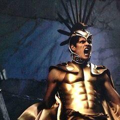 Daniel Sharman como Ares em The Immortals.