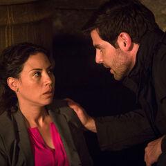 Elizabeth Rodríguez como Agent Chavez em Grimm.
