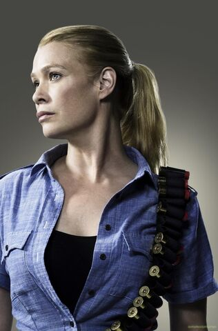 File:Laurie-holden-as-andrea-the-walking-dead-1177851157.jpg