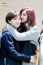 JeongTzu hugging