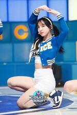 M COUNTDOWN 160428 Nayeon