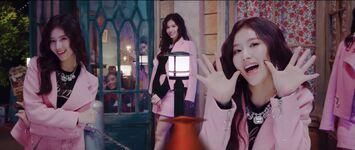 Yes Or Yes MV Screenshot 50
