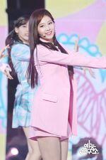 Music Core 180428 Sana 3