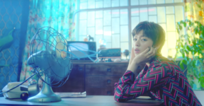 Jeongyeon Cheer Up MV 2