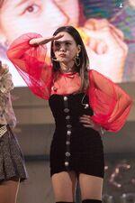 Yes Or Yes Showcase Nayeon 4