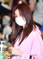 Airport Fashion 180927 Sana 3