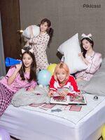 Pikicast Sana, Tzuyu, Jeongyeon, & Dahyun