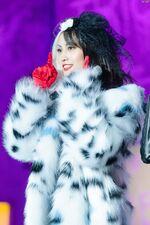 ONCE Halloween Fanmeeting Momo 8