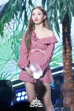 Music Core 180714 Nayeon 3