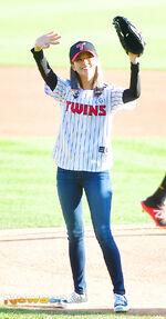 LG Baseball Game Jeongyeon 6