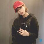 MLB X LG Jeongyeon Selfie
