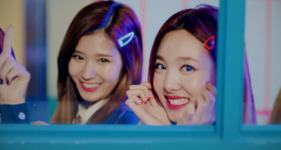 Twice Signal MV 19
