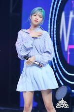 Music Core 180428 Jeongyeon 5
