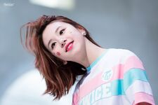 Chaeyoung-1