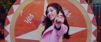 Yes Or Yes MV Screenshot 10
