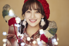 Jihyo Merry & Happy promo photo