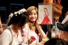 170607 Naver Starcast Dahyun Signal fansign 1