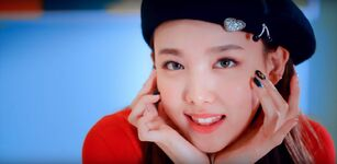 Wake Me Up MV Screenshot 16