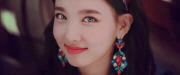 Yes Or Yes Y Teaser Nayeon 2