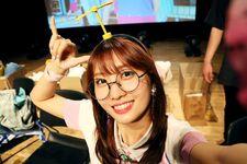 170607 Naver Starcast Momo Signal fansign 3
