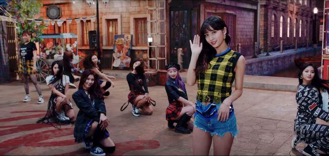 Yes Or Yes MV Screenshot 58