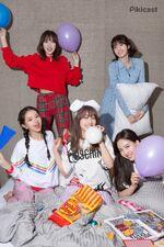 Pikicast Mina, Chaeyoung, Jihyo, Momo, & Nayeon