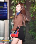 Airport Fashion 180927 Mina 3