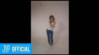 "MOMO ""SIGNAL"" DANCE VIDEO"