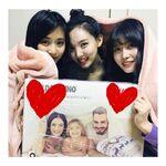 Tzuyu, Nayeon, & Momo IG Update 181114