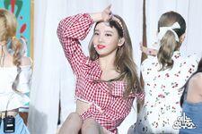 Music Core 180714 Nayeon 4