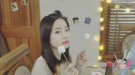 Dahyun Cheer Up MV