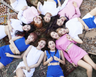 TWICE 3rd mini album group photo