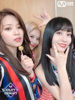 M COUNTDOWN 190425 Jeongyeon, Sana, & Momo