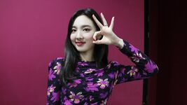 YES or YES comeback show Music-oriented & popular song making Nayeon