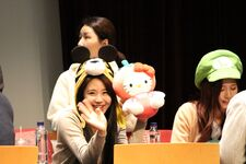 Yes Or Yes Sangnam Fansign Chaeyoung 9