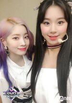 M COUNTDOWN 181108 Dahyun & Chaeyoung