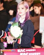 Airport Fashion 180927 Dahyun 4