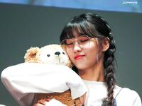 Yes Or Yes Sangnam Fansign Momo 2