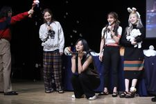 Twice Feel Special Fansign 191204 3