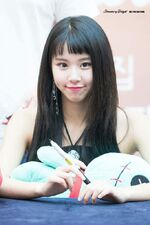 Dance The Night Away Hanam Fansign Chaeyoung 2