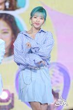 Music Core 180428 Jeongyeon 3