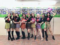 Twice Japan Twitter Update 181012 2