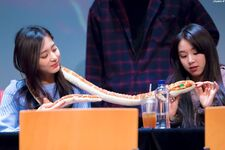Yes Or Yes Sangnam Fansign ChaeTzu