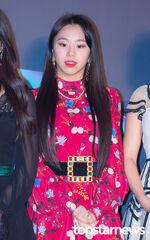 2018 MGA Carpet Chaeyoung 5