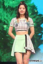 Dahyun Cheer Up showcase 4