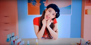 Wake Me Up MV Screenshot 15