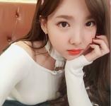 Nayeon IG Update 130218