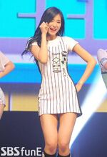 Tzuyu at TWICE showcase 7